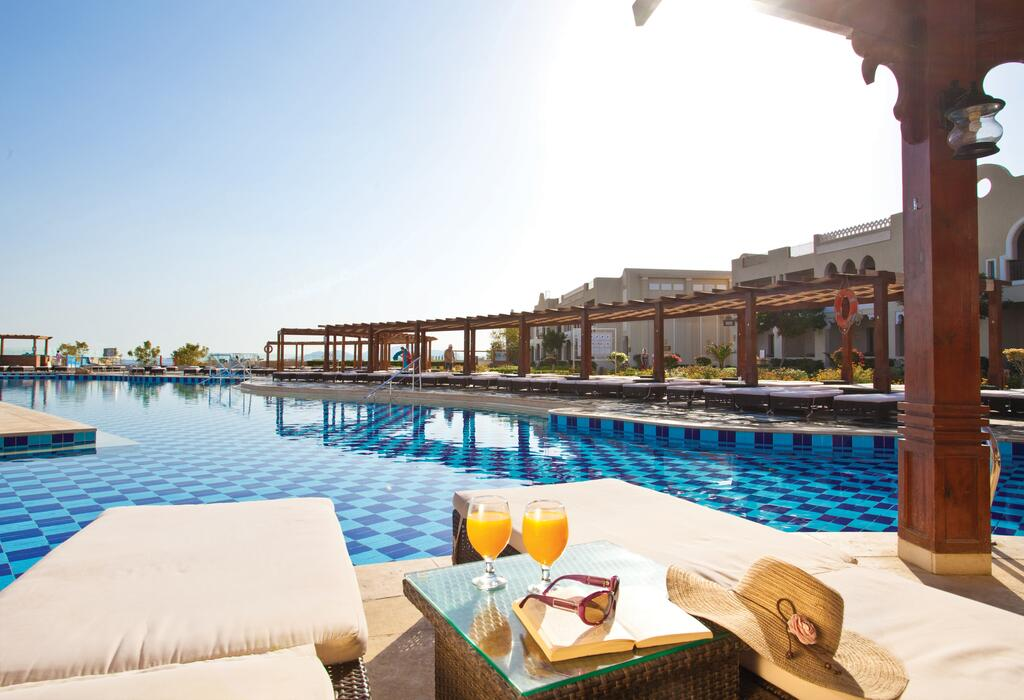 Отель Sunrise Grand Select Arabian Beach, Шарм, Египет