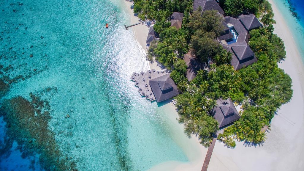 Отель Adaaran Club Rannalhi, Мальдивы