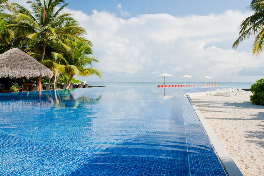 Отель Kuramathi Island Maldives, Мальдивы