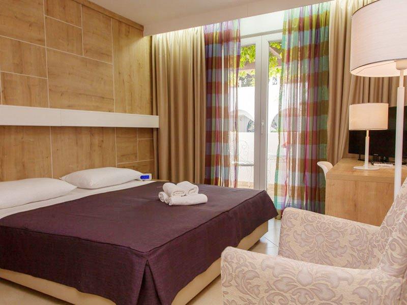Отель Slovenska Plaza Hotel, Будва, Черногория