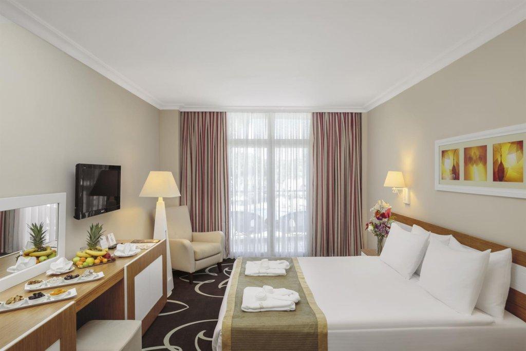 Отель Alva Donna World Palace, Кемер, Турция