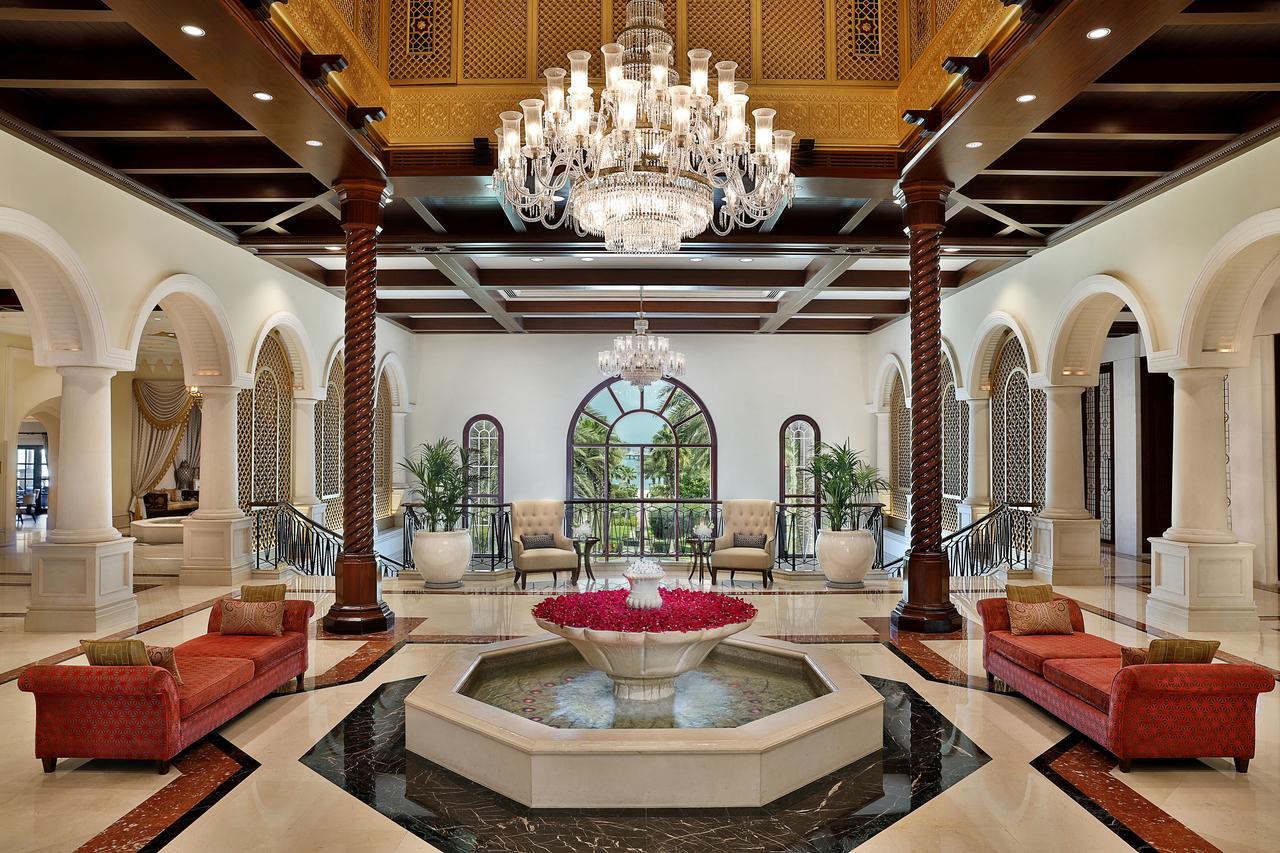 Отель The Ritz Carlton Dubai, Дубай, ОАЭ