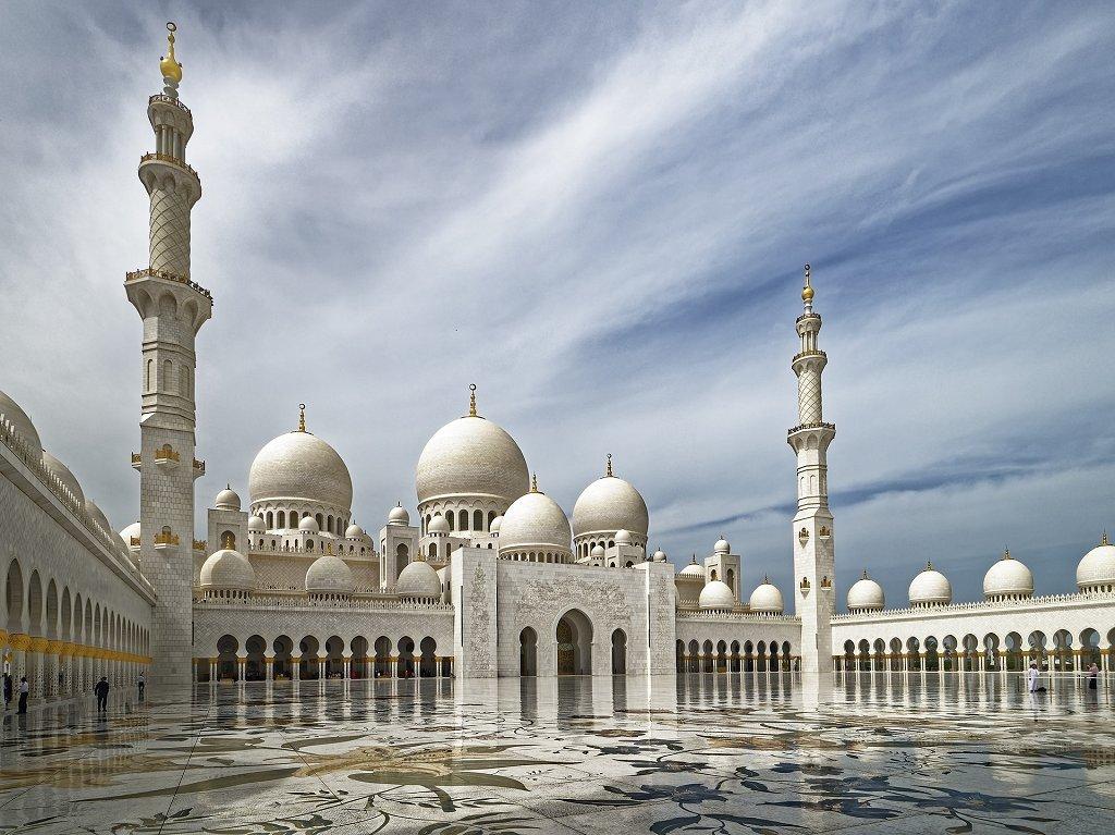 Мечеть в Абу Даби, ОАЭ